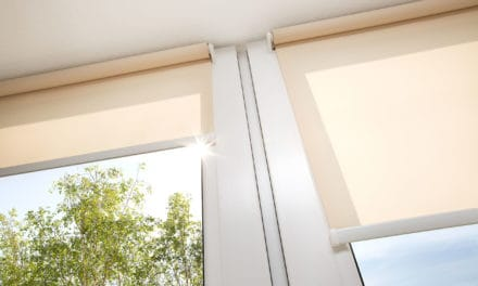 Pro staršího člověka už může být mytí oken nebezpečné