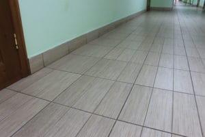 Jaký prostředek nejlépe podlahu vyčistí?