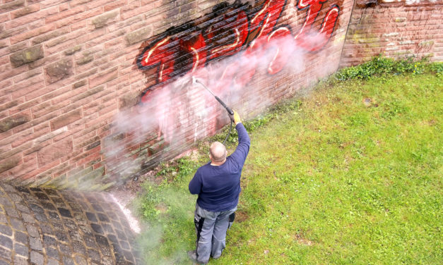 Antigraffitový nátěr Vám vyřeší trable s graffiti