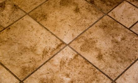 Strojové čištění udrží podlahu nejen čistou, ale prodlouží i její životnost. Impregnace podlah Praha
