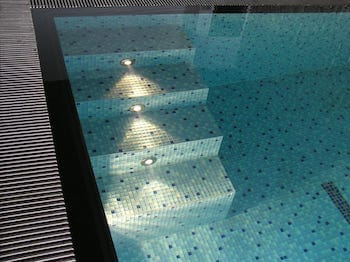 Ako sa starať o vodu v bazéne?