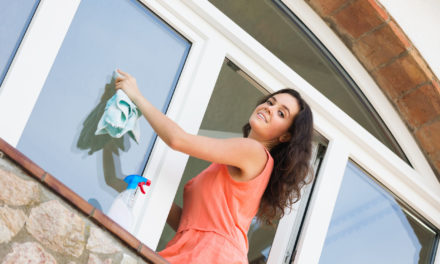 Riešte umývanie okien v Bratislave s kvalitnou firmou, Umývanie, výškové čistenie, nano impregnácia, výškové práce. Okná, fasády výklady