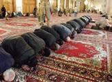 Nový šéf pražských muslimů šíří propagandu. Islámská strana v ČR? Co se děje uvnitř mešit na našem území a co BIS nezvládá… Odborník na islám odhaluje. Je to mrazivé čtení