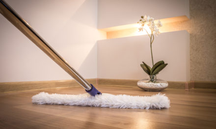 Spolu se strojovým čištěním vaše podlaha bude v perfektním stavu